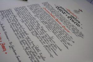 manifesto corsivo gotico