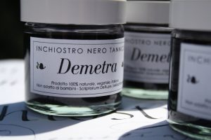 """Inchiostro nero tannico per calligrafia """"Demetra"""""""